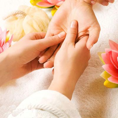 Massage cho bàn tay